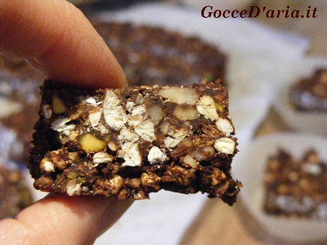 Snack croccanti con grano saraceno e gelsi